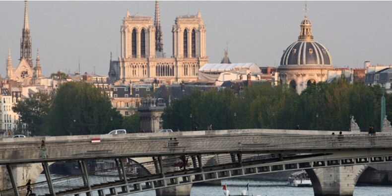 Les prix de l'immobilier baissent encore à Paris