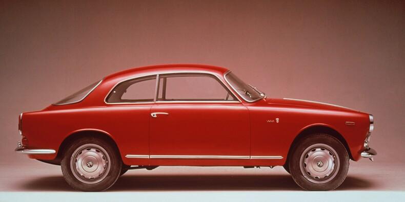 Alfa Romeo Giulietta, 1954 : Une bombe sexy au prix d'une berline ordinaire