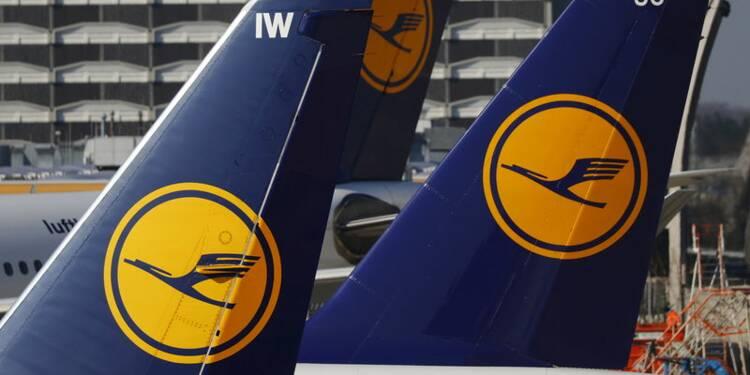 Lufthansa annule près de 900 vols mercredi en raison d'une grève