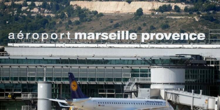 Trafic aérien perturbé jeudi en raison d'un appel à la grève
