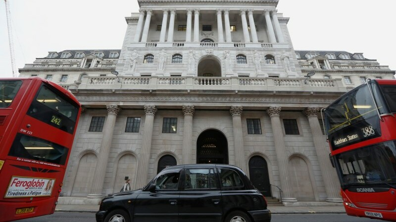La Banque d'Angleterre abaisse ses prévisions de croissance