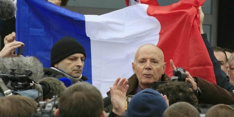 Le général Piquemal regrette s'être trouvé avec Pegida à Calais