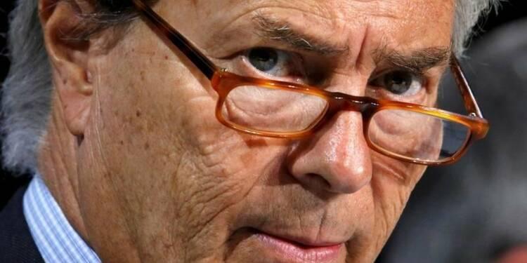 """La réputation de """"raider"""" de Bolloré fait peur aux Berlusconi"""