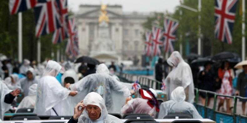 Un banquet géant pour fêter l'anniversaire de la reine Elizabeth