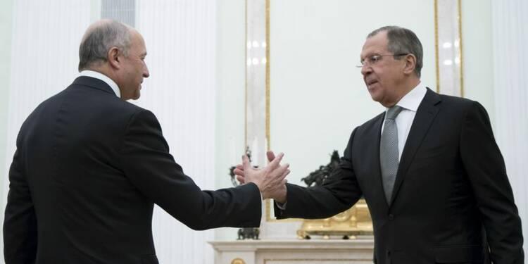 Fabius contraint de clarifier la position française sur la Syrie