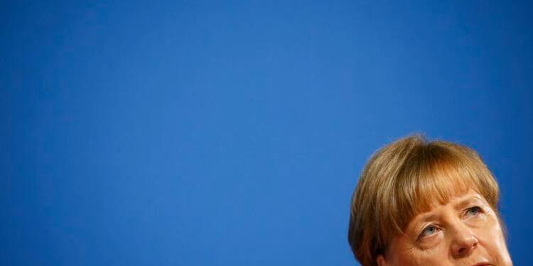 Angela Merkel durcit le ton après les agressions à Cologne