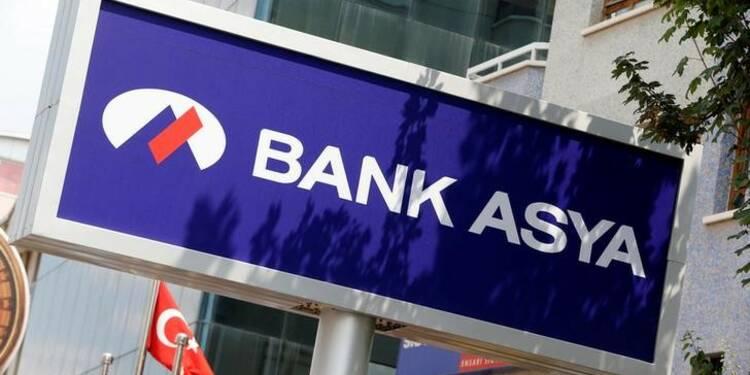 Ankara suspend les activités de Bank Asya, proche de Gülen