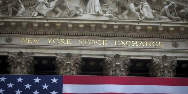 Wall Street ouvre en baisse après la statistique de l'emploi