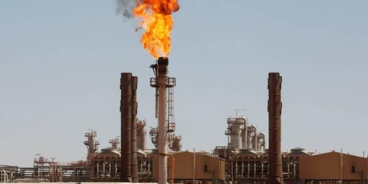 Les revenus du pétrole et du gaz de l'Algérie ont chuté de 41%