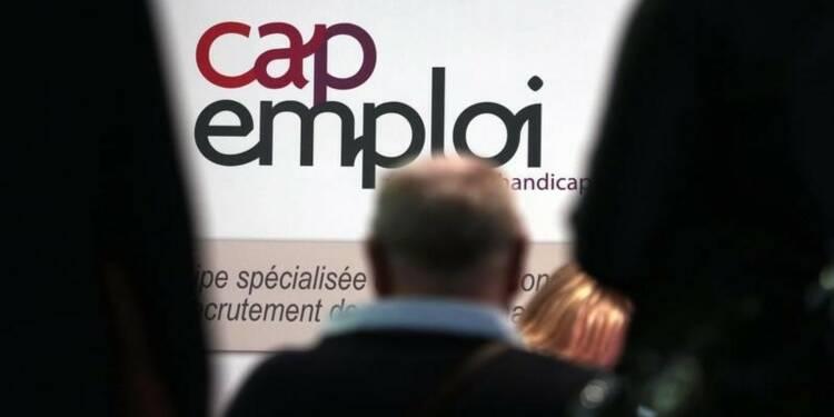 Macron pour un système plus dynamique d'assurance chômage
