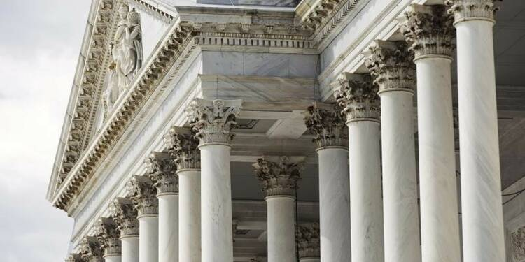 Un policier blessé par balle au Capitole, à Washington