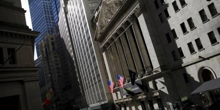 Wall Street finit à l'équilibre, Apple plombe le Nasdaq