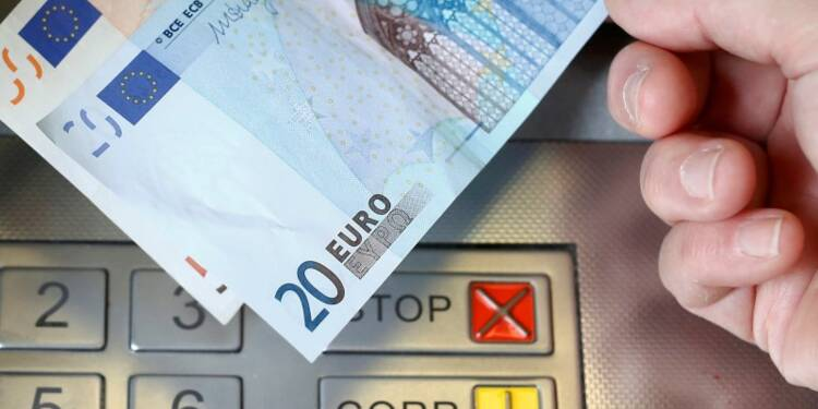 Les Français invités à faire jouer la concurrence entre banques