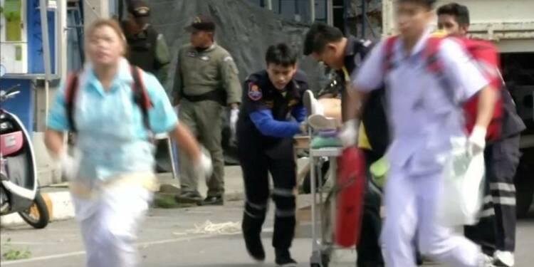 Série d'explosions en Thaïlande dans des sites touristiques