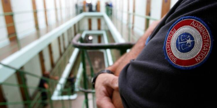"""Vers un programme de """"déradicalisation"""" dans 27 prisons"""