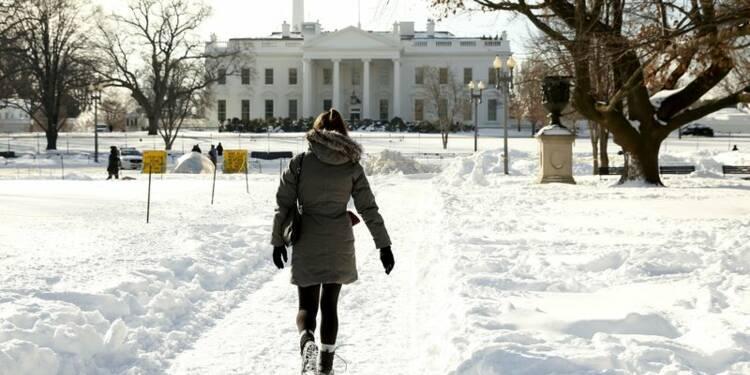 L'Est des USA loin du retour à la normale après le blizzard