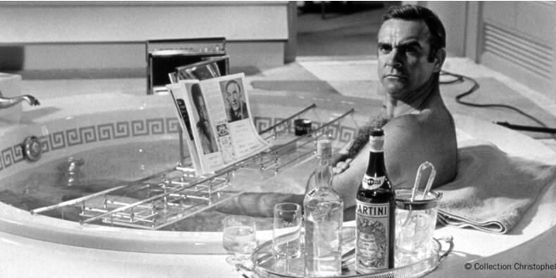 """""""Dès les années 1970, le marketing s'est emparé de Bond"""""""