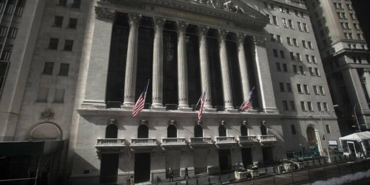 Le Dow Jones gagne 1,37% à la clôture, le Nasdaq prend 1,62%