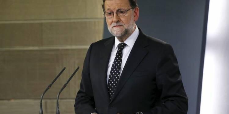 Les socialistes espagnols somment Mariano Rajoy de choisir