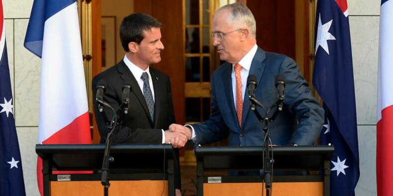 Tous les sous-marins seront construits en Australie, dit Valls