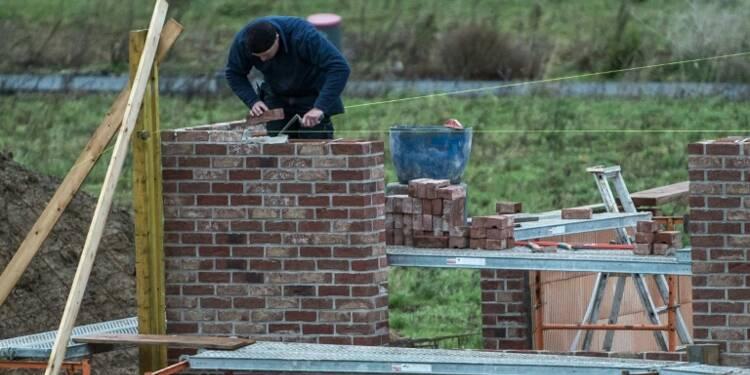 Immobilier: les ventes de terrains constructibles stabilisées en 2015