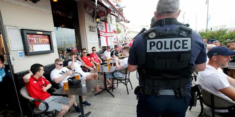 Heurts avec des supporters anglais à Marseille, deux interpellés