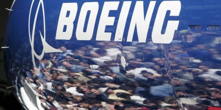 Prévision de vente 2016 de Boeing abaissée dans un mémo interne
