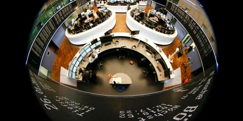 Les marchés européens en baisse à la mi-séance