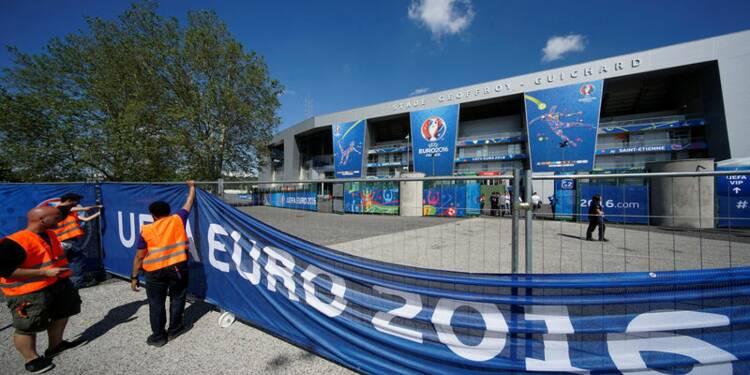 """L'Euro 2016 """"gâché"""" par les conflits sociaux, dit l'organisateur"""