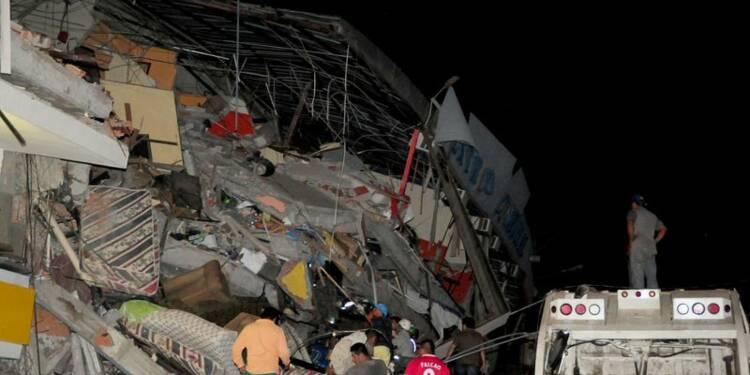 Séisme en Equateur, au moins 233 morts et 1.500 blessés