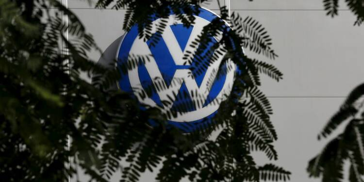Volkwagen aurait su dès fin 2014 qu'il mentait sur les émissions de CO2