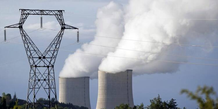 Royal dénonce la vision obsessionnelle des antinucléaires