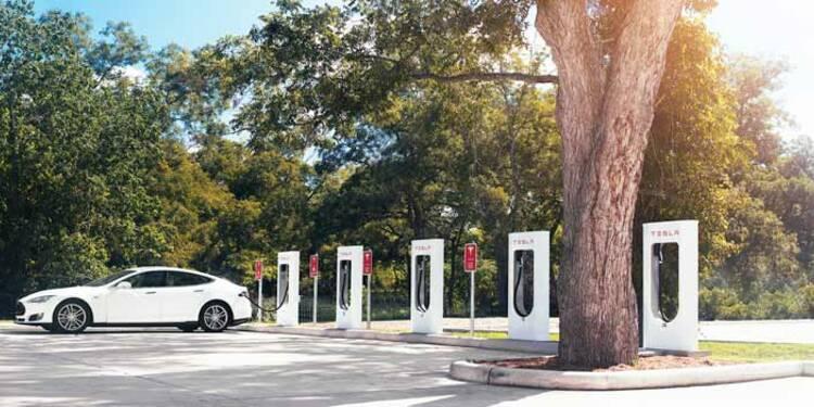 Sillonner la France en voiture électrique, c'est possible avec Tesla