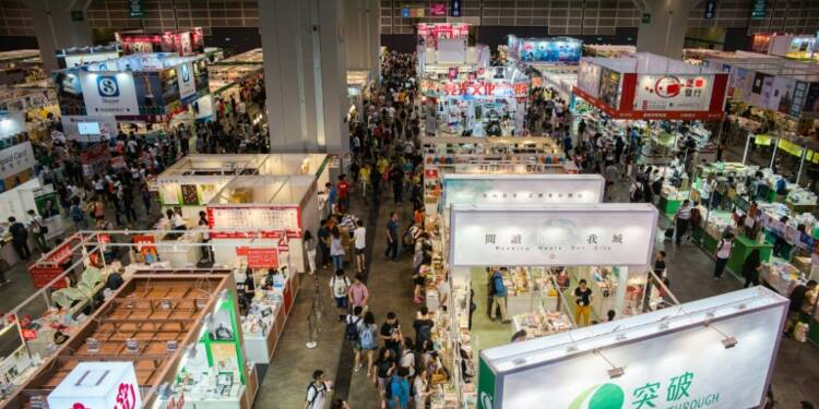 Foire aux livres de Hong Kong: les éditeurs refusent de se démonter face à Pékin