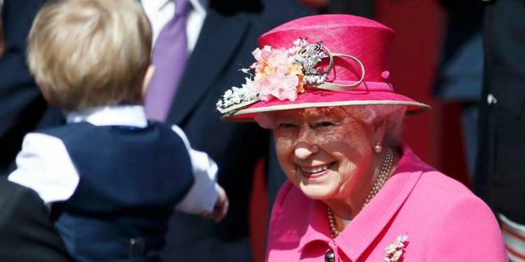 Les Britanniques fêtent les 90 ans de la reine Elizabeth