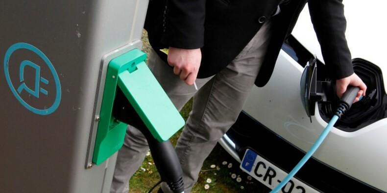 Véhicules électriques : doublement des immatriculations, la Zoé de Renault fait la course en tête