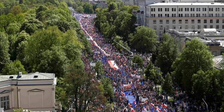 Manifestation contre le gouvernement conservateur à Varsovie