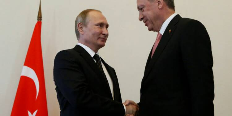 Poutine et Erdogan déterminés à régler leurs différends
