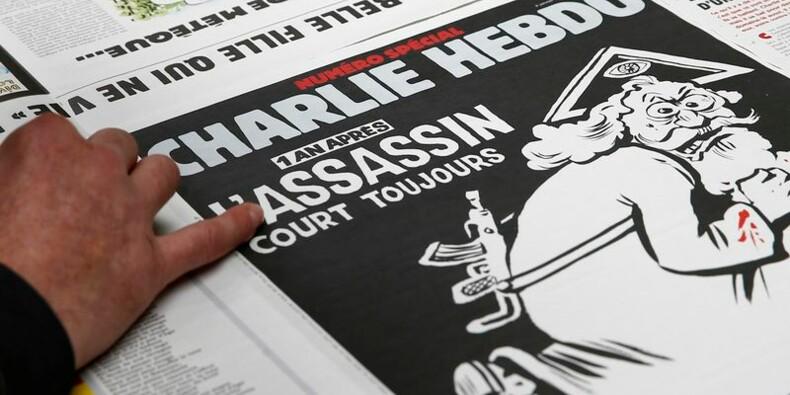 Un an après, Charlie Hebdo fustige toutes les religions