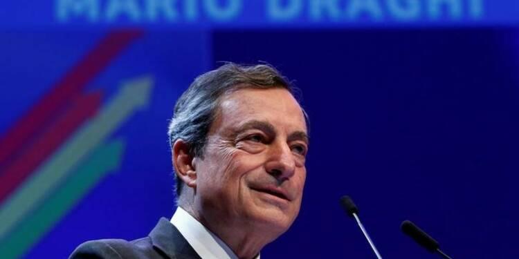 La BCE prête à agir si nécessaire, dit Mario Draghi