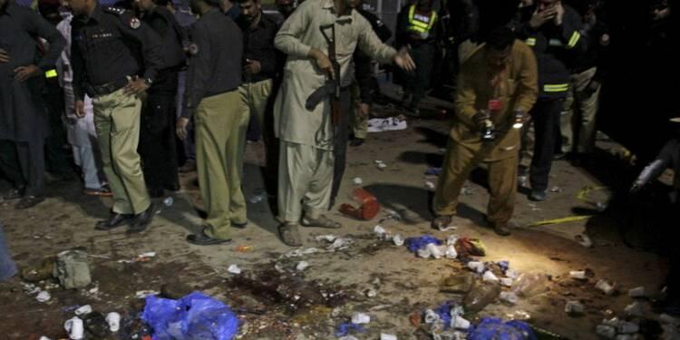 Opération paramilitaire après l'attentat de Lahore, au Pakistan