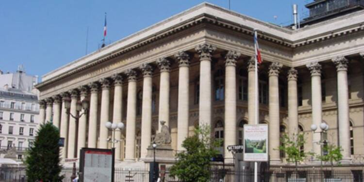 Le CAC 40 poursuit son repli, malgré le secteur automobile