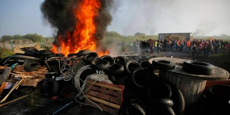 """Le Medef dénonce des """"méthodes de voyous"""" des syndicats"""