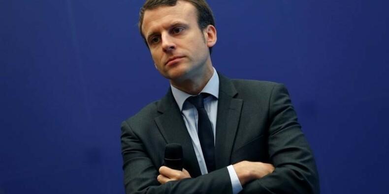 Macron, pas candidat à la présidentielle, veut continuer à Bercy