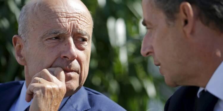 """Sarkozy non-candidat en campagne, un """"problème moral"""" dit Juppé"""