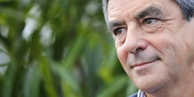 François Fillon dit vouloir défendre les sans-grade