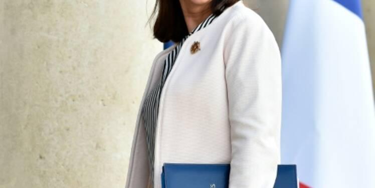"""N-D-des-Landes: Royal solidaire d'un projet qu'elle jugeait """"surdimensionné"""""""