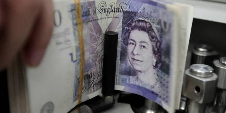 Déficit budgétaire britannique réduit, mais dépenses en hausse
