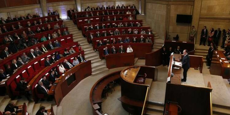 Hollande dévoile un plan de deux milliards d'euros pour l'emploi