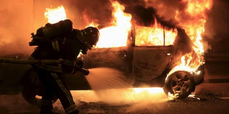 Baisse du nombre de voitures brûlées le 31 décembre
